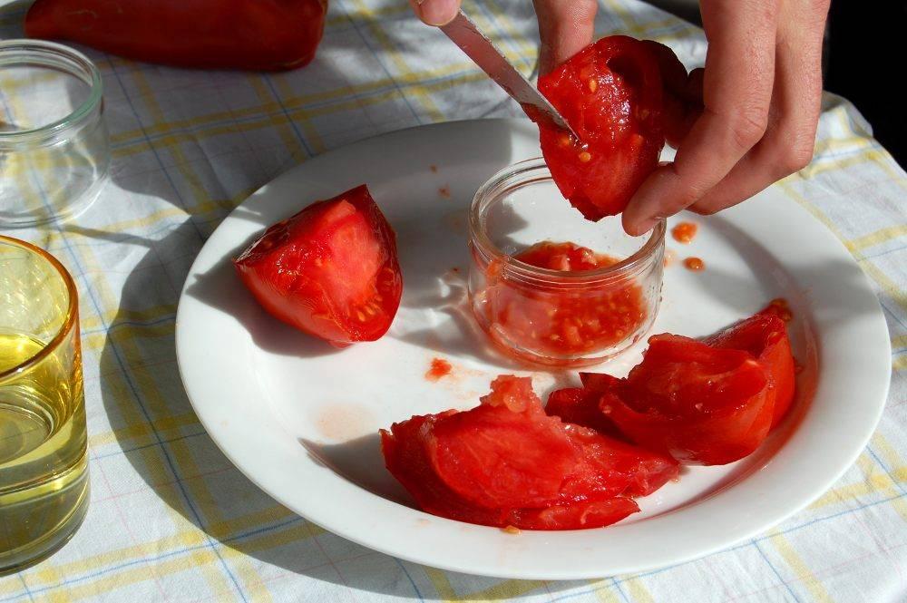 Récupérer des graines de tomates